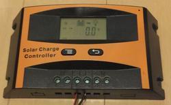 ソーラーパネル 充電 コントローラー チャージャー 太陽電池