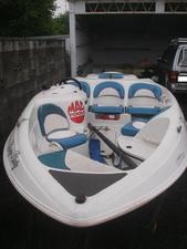 中古ボート・漁船・ジェットボートシュガーサンド タンゴ 船体のみ トレーラー付きません。