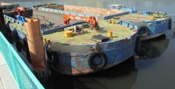 タップで拡大「超小型河川改修工事ボックスバージ3隻販売」