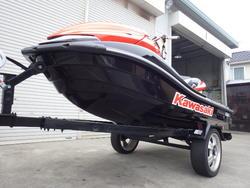 タップで拡大「カワサキ ウルトラ250X カスタム艇 + 軽トレーラー」