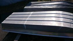 中古ディンギー・アルミ/ゴム/バス用ボート・カヌー/カヤックパント 10フィート 状態良い 26キロ